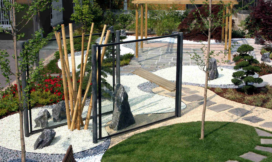 Zen In Ufficio : Peverelli design construction and maintenance of green zen garden