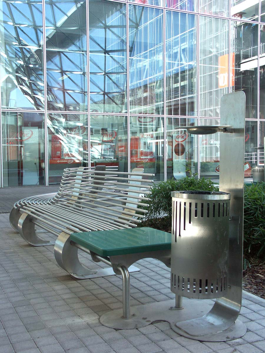 Peverelli design construction and maintenance of green fiera milano - Fiera design milano ...